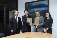 รูปภาพ : ร่วมลงนามกับบริษัทแฮร์เวฟกรุ๊ป (ประเทศไทย)