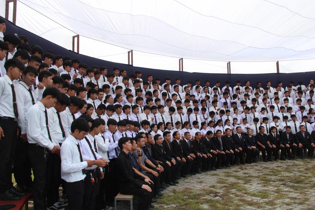 ถ่ายภาพหมู่ ปวช. ปวส. ปีการศึกษา 2559