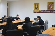 คณาจารย์วิทยาลัยเทคโนโลยีและสหวิทยาการ ร่วมปรึกษาการพัฒนาแนวทางเพื่อพัฒนาทักษะการใช้ภาษาอังกฤษ กับ มูลนิธิ FutureSense Foundation