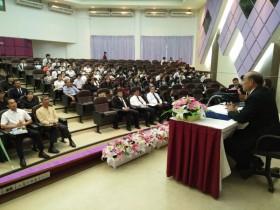รูปภาพ : มทร.ล้านนา ลำปาง จัดงานการประชุมวิชาการนักศึกษา ครั้งที่ 4 เพื่อนำเสนอผลงานวิชาการของนักศึกษาภาคโปสเตอร์และภาคบรรยาย กว่า 70 เรื่อง