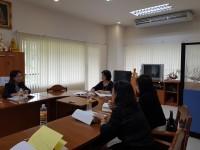รูปภาพ : การประชุมคณะกรรมการประจำคณะ ครั้งที่ 93 (5/2560) ณ ห้องประชุม บธ.3-202 คณะบริหารธุรกิจและศิลปศาสตร์