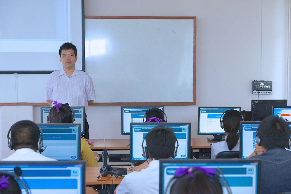 นักเทคโนฯ สำนักวิทยบริการฯ อบรมและจัดสอบ TMM นศ.จอมทอง