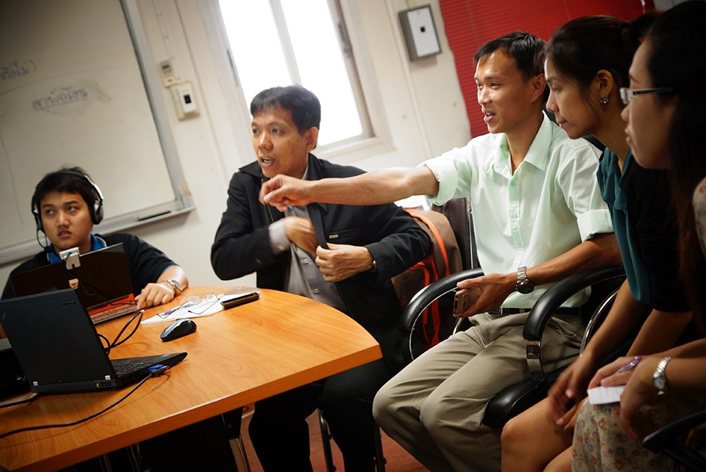 หัวหน้ากลุ่มงานเครือข่าย แนะนำการใช้งาน Teleconference กศน.เชียงใหม่