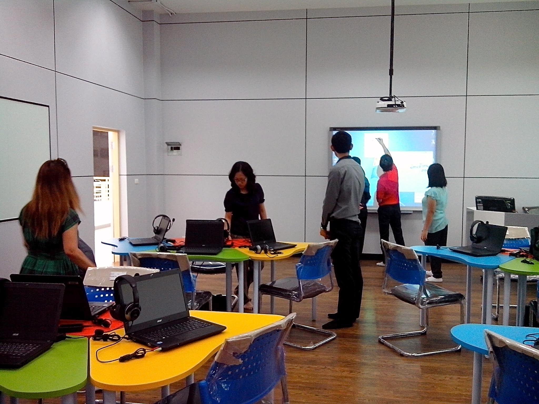 งานวิทยบริการฯ เขตพื้นที่เชียงราย เข้าร่วมอบรมการใช้ห้องปฏิบ้ติการเสริมทักษะการเรียนรู้ด้วยตนเอง