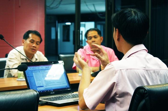 ตัวแทนอาจารย์โรงเรียนสะเมิงพิทยาคม ดูงานสำนักวิทยะฯ มทร.ล้านนา