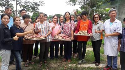 อาจารย์ มทร.ล้านนา ลำปาง เป็นวิทยากรฝึกอบรมเชิงปฏิบัติการ ในโครงการ หมู่บ้านผลิตและแปรรูปเห็ดสู่ผลิตภัณฑ์อาหารเพื่อสุขภาพ