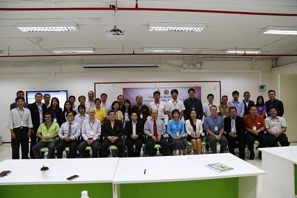 คณะวิศวกรรมศาสตร์ ขานรับการเป็นสมาชิก AEC จัดโครงการพัฒนาภาษาอังกฤษครูผู้สอน