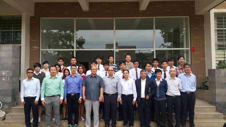 คณาจารย์และนักศึกษา คณะวิศวกรรมศาสตร์ เข้ารับการฝึกอบรมเทคโนโลยีการปรับปรุง/เสริมสมรรถนะด้านวิศวกรรมโครงสร้างเพื่อต้านทานแผ่นดินไหว ณ Kunming University of Science and Technology  KUST