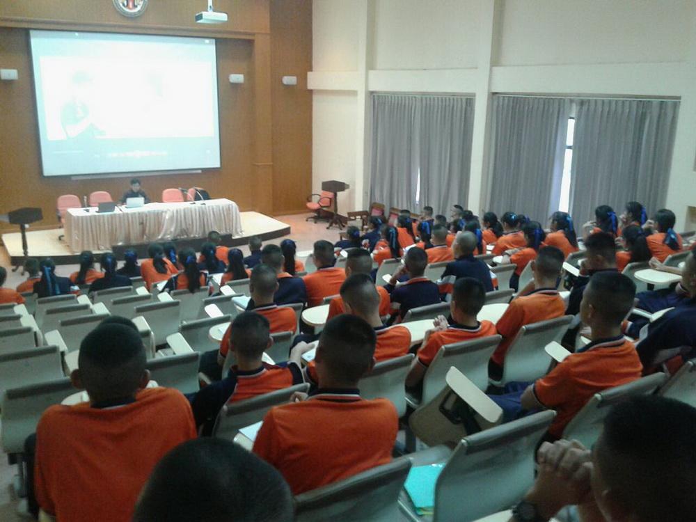 งานกิจการนักศึกษา วิทยาลัยเทคโนโลยีและสหวิทยาการ เดินทางแนะแนวประชาสัมพันธ์การศึกษาต่อวิทยาลัยฯ ประจำปี 2560