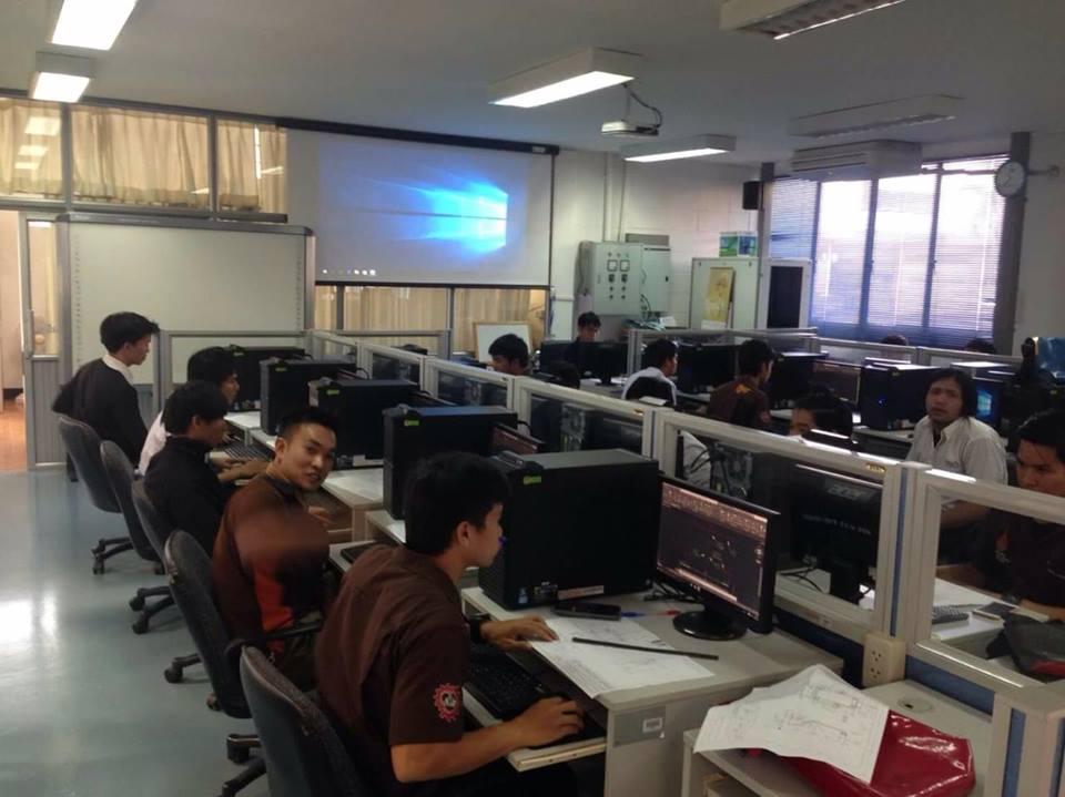 วิศวกรรมศาสตร์ มทร.ล้านนา ลำปาง  เข้ารับการทดสอบฝีมือแรงงาน  สาขาออกแบบและเขียนแบบเครื่องกลด้วยคอมพิวเตอร์ ระดับ1
