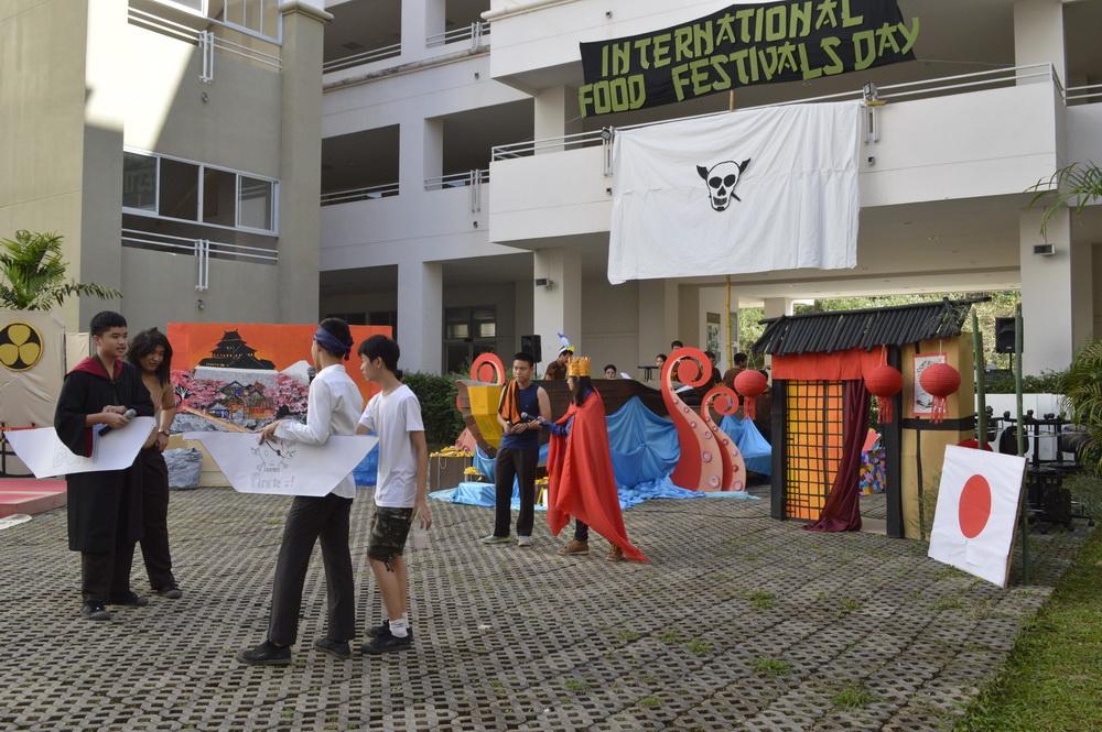 กลุ่มวิชาศิลปศาสตร์ วิทยาลัยเทคโนโลยีและสหวิทยาการ จัดกิจกรรม Food Festival Day 2016