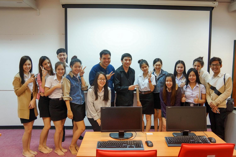 นักเทคโนฯ วิทยบริการฯ บรรยายฯ World, Excel และ Publisher แก่ นศ.ภาษาอังกฤษธุรกิจ ก่อนออกสหกิจศึกษา