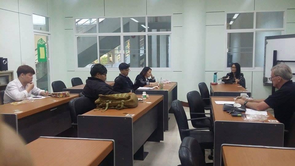 ศูนย์ภาษา จัดคอร์สฝึกทักษะในการโต้วาทีภาษาอังกฤษ