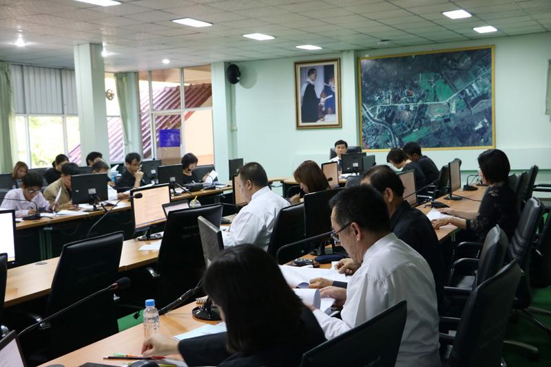 มทร.ล้านนา ลำปาง จัดประชุมคณะกรรมการซ้อมย่อยรับพระราชทานปริญญาบัตร ครั้งที่ 30 ปีการศึกษา 2558