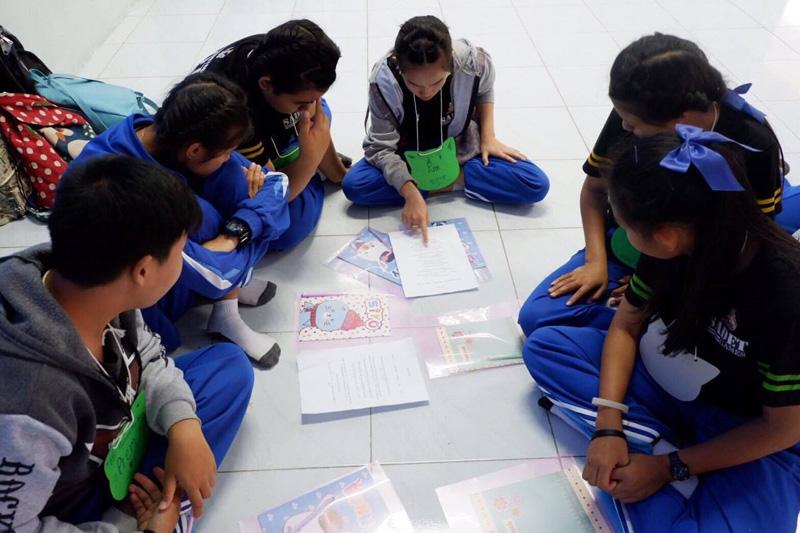 สาขาภาษาอังกฤษเพื่อการสื่อสารสากล จัดโครงการพี่ใหญ่สอนภาษาอังกฤษให้น้อง สร้างทักษะการเรียนรู้ร่วมกัน
