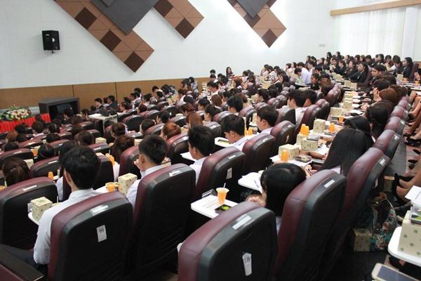 โครงการปัจฉิมนิเทศนักศึกษาคณะบริหารฯ ประจำปีการศึกษา 2559