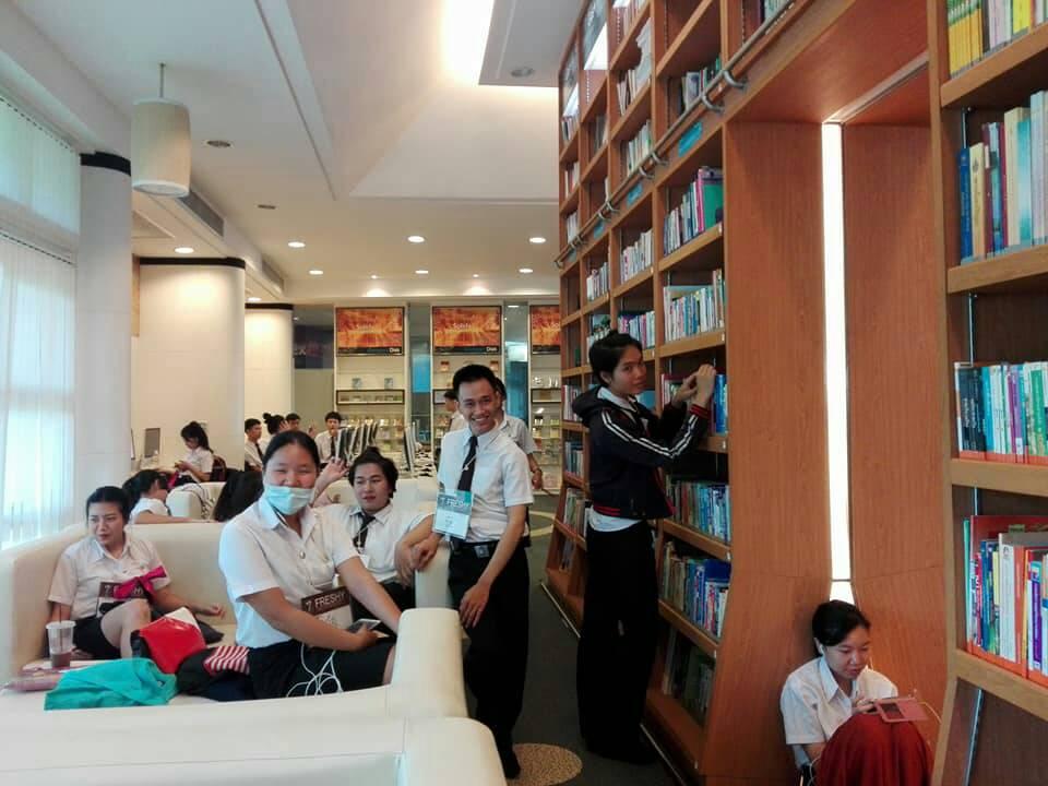 งานบริการห้องสมุด สำนักวิทยฯ ขยายการให้บริการในพื้นที่ มทร.ล้านนา ดอยสะเก็ด