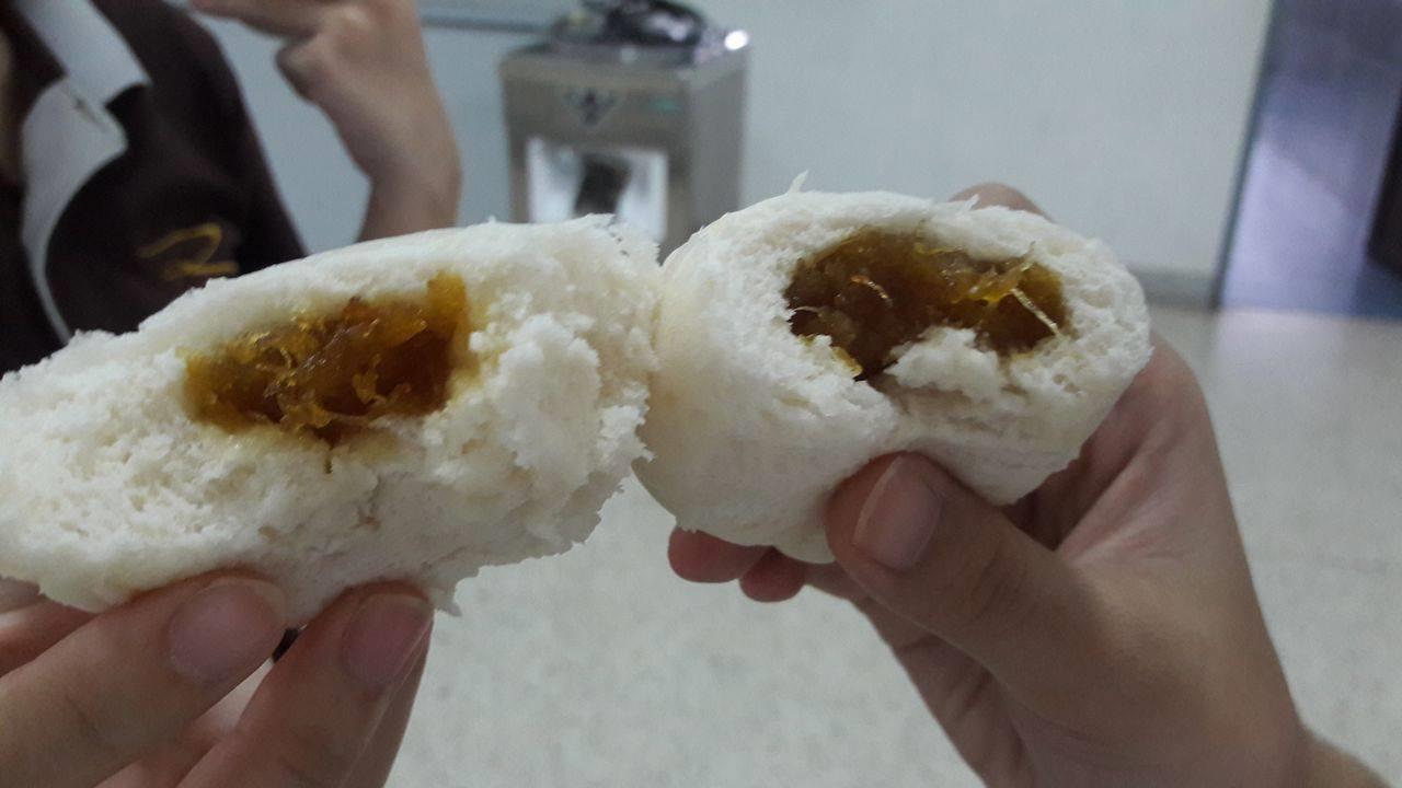 2 คณะ ร่วมแรง บูรณการ การเรียนการสอน การทำซาลาเปาไส้สับปะรด