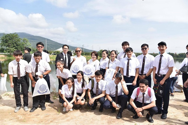 นักศึกษา มทร.ล้านนา เข้าร่วมกิจกรรมเนื่องในวันเฉลิมพระชนมพรรษา 28 กรกฏาคม 2560