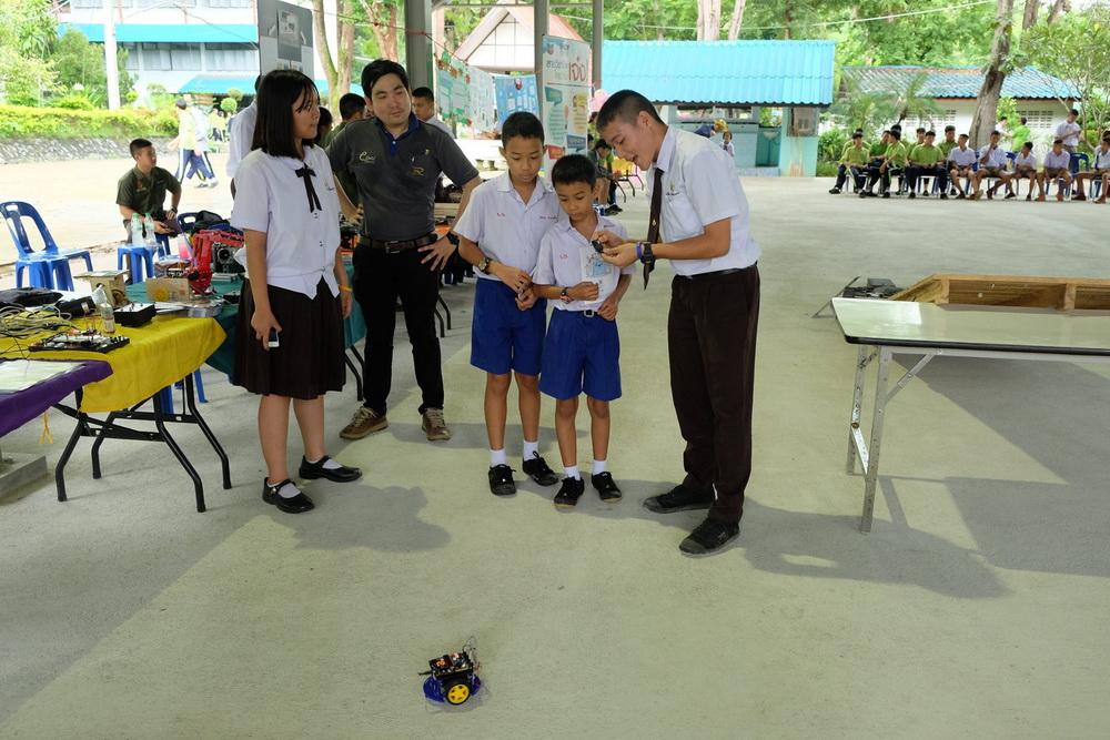 หลักสูตรเตรียมวิศวกรรมศาสตร์ เข้าร่วมแสดงผลงานสิ่งประดิษฐ์เนื่องในงานสัปดาห์วันวิทยาศาสตร์ ณ โรงเรียนลองวิทยา จ.แพร่