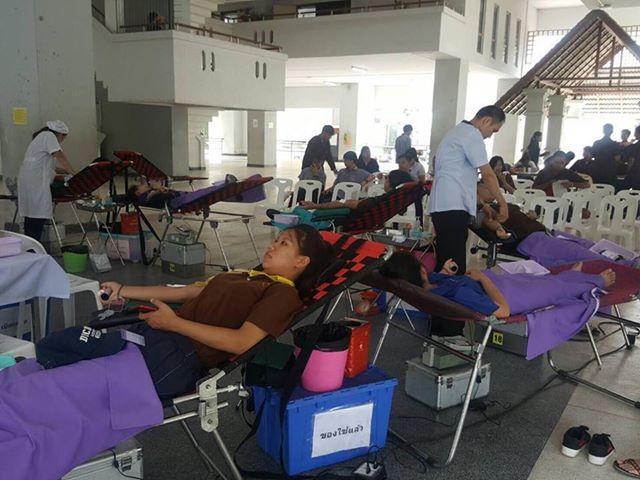 มทร.ล้านนา ร่วมกับสภากาชาดไทย จัดหน่วยรับบริจาคโลหิต