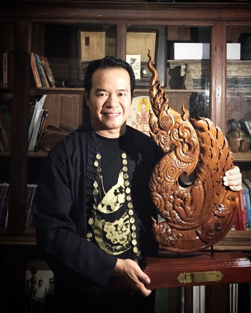 ผู้ช่วยศาสตราจารย์ลิปิกร มาแก้ว เข้ารับรับรางวัล Tawan Art & Culture Prize