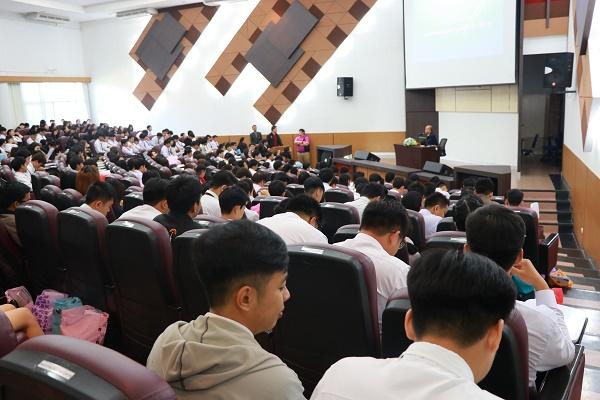 มทร.ล้านนา เชียงราย จัดกิจกรรมปัจฉิมนิเทศนักศึกษา ประจำปีการศึกษา 2560