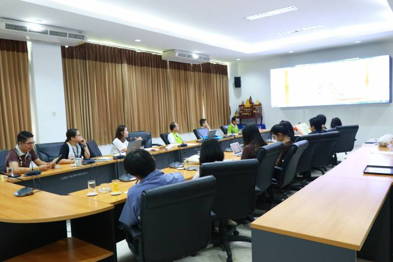 การประชุมการดำเนินการโครงการ หมู่บ้าน OTOP เพื่อการท่องเที่ยว (OTOP Village) 8 เส้นทาง
