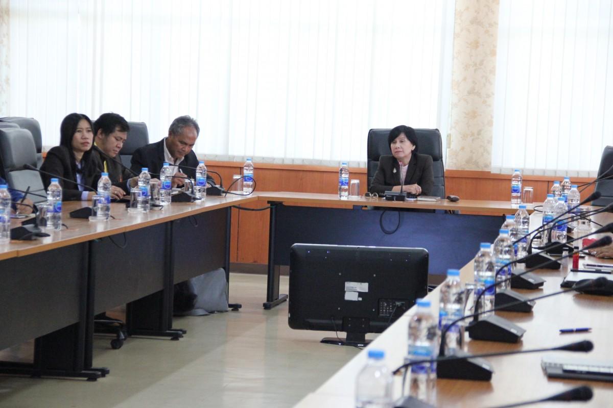 อธิการบดีประชุมพบปะรับมอบนโยบายแนวทางการพัฒนามหาวิทยาลัยฯ