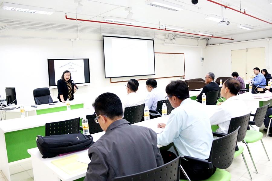 มทร.ล้านนา จัดสัมมนาการจัดการองค์ความรู้ ประจำปีการศึกษา 2561 สร้างกระบวนการเรียนรู้เกี่ยวกับแนวปฏิบัติที่ดี (Best Practice) สู่การเป็นองค์กรแห่งการเรียนรู้
