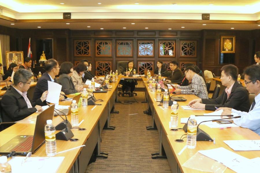 คณะวิทยาศาสตร์ฯ  มทร.ล้านนา ประชุมจัดทำแผนยุทธศาสตร์และแผนปฏิบัติราชการ 2562 กำหนดแนวทางการจัดการเรียนการสอนตามสภาพความเปลี่ยนแปลงของเศรษฐกิจและสังคมไทยในยุค Thailand 4.0