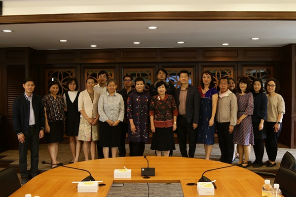 """RMUTL signed the MOU for the Thailand Research Fund (TRF)"""
