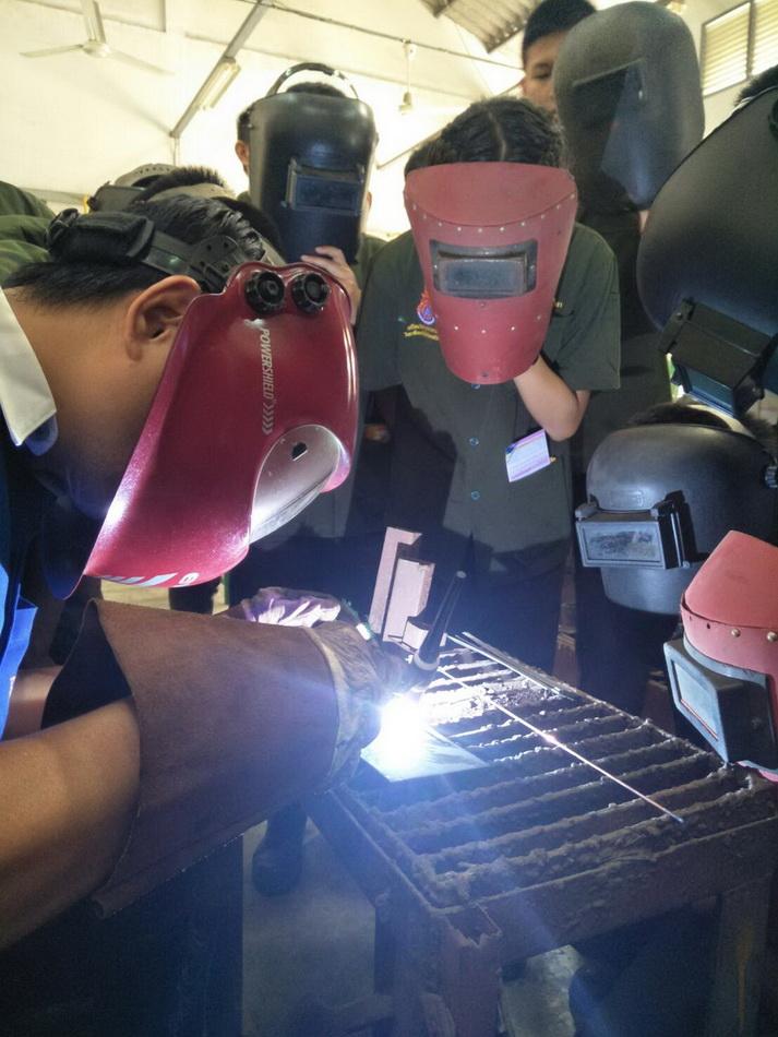 นักศึกษาหลักสูตรเตรียมวิศวกรรมศาสตร์ เรียนรู้นอกห้องเรียนและฝึกทดสอบฝีมือ ณ สถาบันพัฒนาฝีมือแรงงาน จังหวัดลำพูน