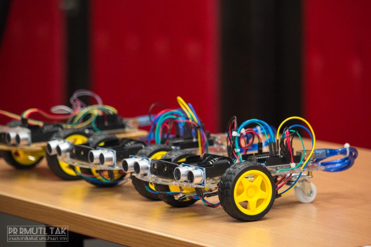 RMUTL-STEAM3 สร้างระบบควบคุมหุ่นยนต์ด้วยเทคโนโลยีอิเล็กทรอนิกส์ เครือข่ายอุดมศึกษาพี่เลี้ยง ปีที่ 3