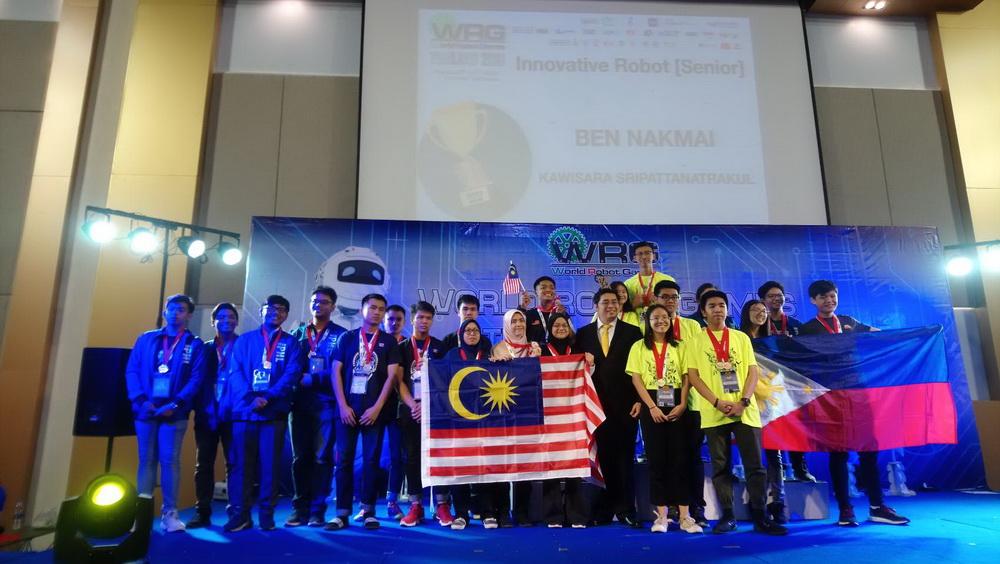 เด็กเตรียมวิศวะ สร้างชื่อคว้ารางวัลเหรียญเงิน Silver Medal ในการแข่งขันหุ่นยนต์นานาชาติ World Robot Games 2019