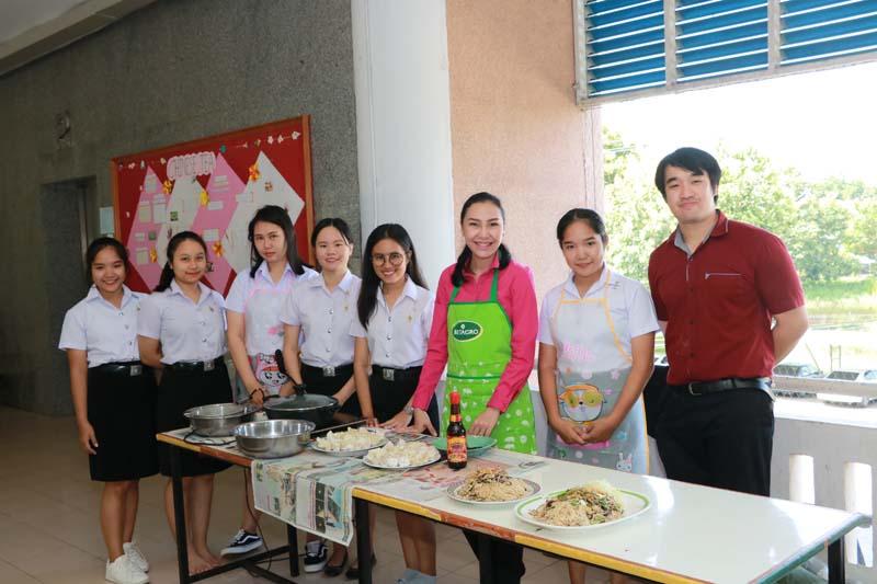 สาขาศิลปศาสตร์  จัดกิจกรรมเรียนรู้วัฒนธรรมอาหารจีน ในรายวิชาภาษาจีนเพื่ออาชีพ ส่งเสริมการเรียนรู้แก่นักศึกษา