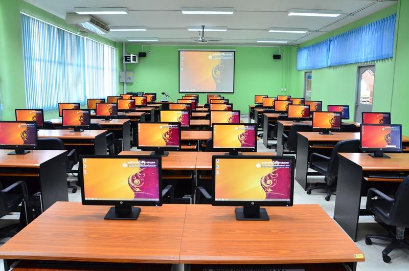ห้องปฏิบัติการคอมพิวเตอร์ 15-505