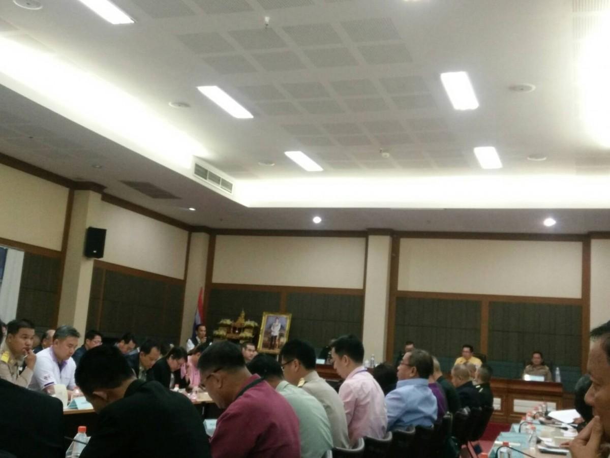 ผู้ช่วยอธิการบดี คณาจารย์ มทร.ล้านนา เชียงราย เข้าร่วมการประชุมกองอำนวยการป้องกันและบรรเทาสาธารณภัย จังหวัดเชียงราย ครั้งที่ 4/2562