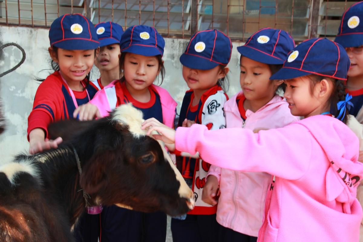 นักเรียนศึกษาดูงานด้านเกษตรและเทคโนโลยี มทร.ล้านนา พิษณุโลก