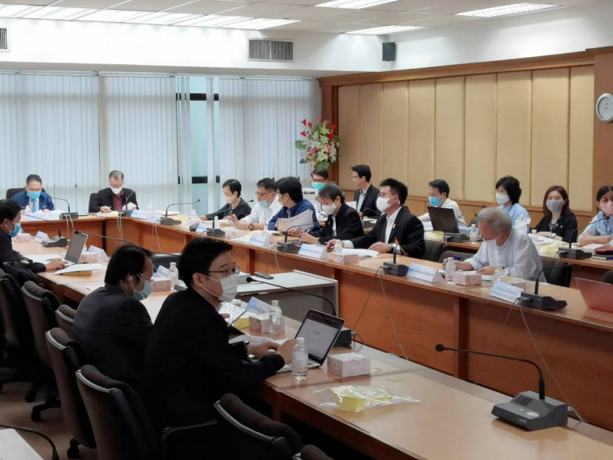 มทร.ล้านนา ร่วมการประชุมเครือข่ายความเป็นเลิศด้านเทคโนโลยีหุ่นยนต์ เตรียมนักศึกษาให้สอดคล้องกับแนวทางการพัฒนาอุตสาหกรรมหุ่นยนต์ไทย