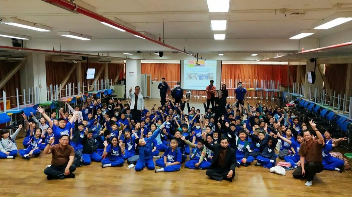 ทีมสะเต็ม (STEM)  ราชมงคลล้านนาเสริมทักษะทางความคิดนอกห้องเรียนแก่นักเรียน สาย Gifted โรงเรียนปริ้นส์รอยแยลส์ฯ ผ่านกิจกรรมการเล่นที่สร้างสรรค์เสริมความรู้ด้านวิทย์-คณิต