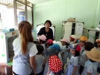 นักเรียนโรงเรียนปาริมาดูงานการเลี้ยงไก่-ไข่ปลอดภัย