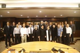 รูปภาพ : การประชุมคณะกรรมการและการลงคะแนนเสียงเลือกประธานสภาคณาจารย์และข้าราชการ มทร.ล้านนา