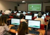 รูปภาพ : นักเทคโนฯ วิทยบริการฯ อบรมพัฒนาทักษะการใช้งานคอมพิวเตอร์ฯ นศ.การตลาด คณะบริหาร