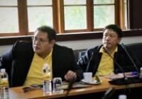 รูปภาพ : อีสานศึกษาดูงานด้านสภาคณาจารย์และข้าราชการ
