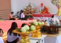 รูปภาพ : มทร.ล้านนา เชียงราย จัดกิจกรรมส่งเสริมพระพุทธศาสนาสวดมนต์ทำวัตรเช้า ทำบุญตักบาตรและฟังเทศน์พื้นเมืองชาดกเนื่องในเทศกาลเข้าพรรษา สัปดาห์ที่ 8