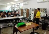 รูปภาพ : นศ.วิศวกรรมเมคคาทรอนิกส์ ศึกษาดูงาน กรมพัฒนาฝีมือแรงงาน จังหวัดลำพูน