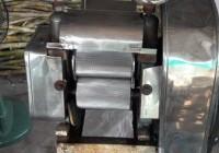 รูปภาพ : อาจารย์ มทร.ล้านนา ลำปาง เป็นวิทยากรถ่ายทอดองค์ความรู้การทำไอศกรีมน้ำอ้อย แก่ผู้ประกอบการ23มีค63