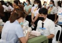 รูปภาพ : ตรวจสุขภาพนักศึกษาใหม่ ปีการศึกษา 2563