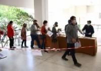 รูปภาพ : มทร.ล้านนา ร่วมกับ รพ.เชียงใหม่ ราม ตรวจ COVID-19 ให้อาจารย์ บุคลากร และนักศึกษา